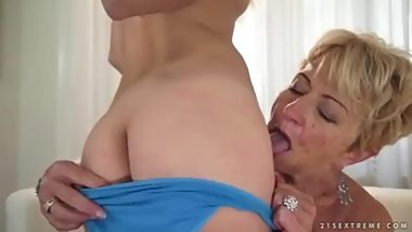 Experienced granny teaches young girl lesbian love