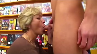 Anja 62 a granny fucked by a young cock