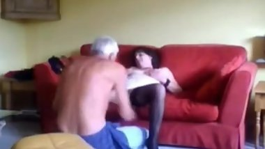 Mature gets pussy fingered and licked