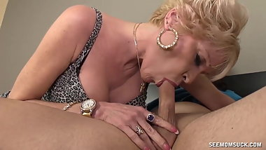 Gilf blows younger (mesh gold wristwatch)