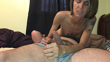 Pissed off skinny granny gets riding creampie