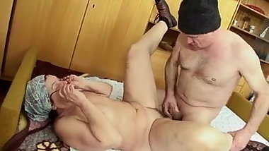 old couple very horny !