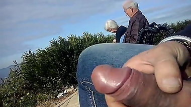 dickflash a mature couple and great cum