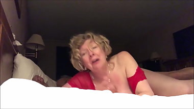 Old slut wife fucked from behind cum a lot